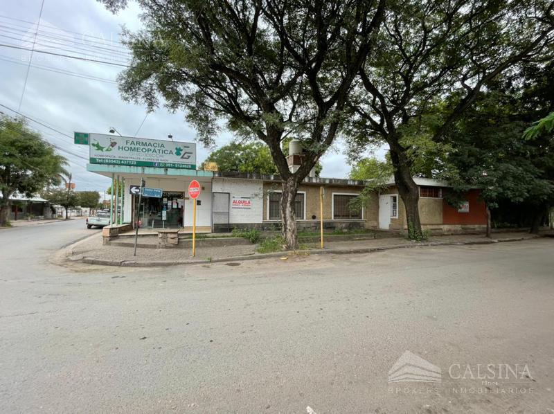 Foto Casa en Alquiler en  Barrio Centro,  Villa Allende  Saenz Peña casi esq. Dean Funes