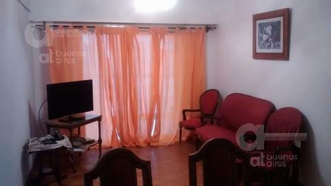 Foto Departamento en Alquiler temporario en  Boedo ,  Capital Federal  Maza al 700