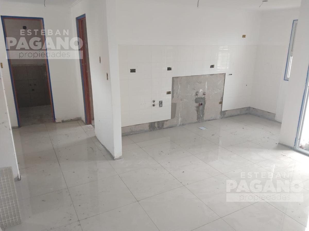 Foto Departamento en Venta en  La Plata,  La Plata  45 e 13 Y 14 N° 941 3ero ctfe