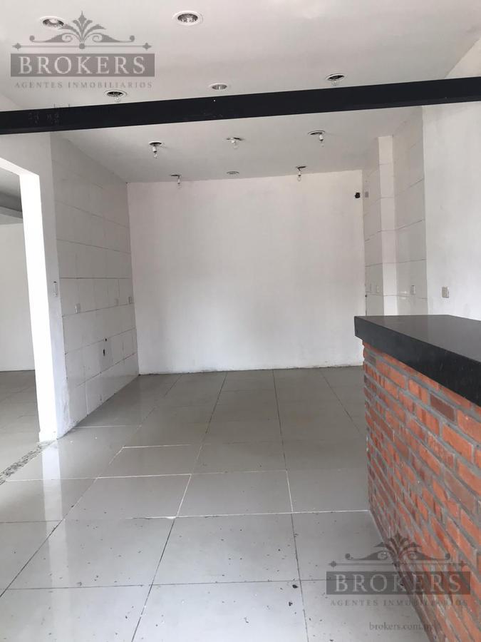 Foto Local en Alquiler en  Villa Morra,  La Recoleta  Alquilo Salón Comercial de 54 m2 Zona Shopping Villa Morra