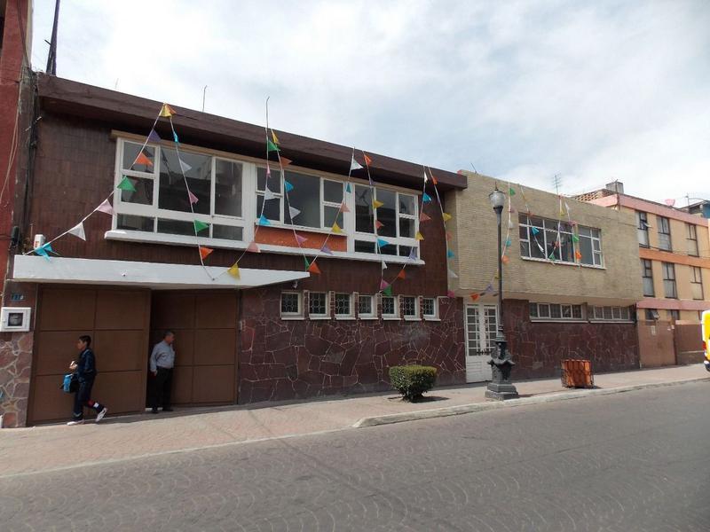 Foto Oficina en Renta en  Centro,  Toluca  LOCALES U OFICINAS EN EL CENTRO DE TOLUCA, SOBRE NICOLAS BRAVO