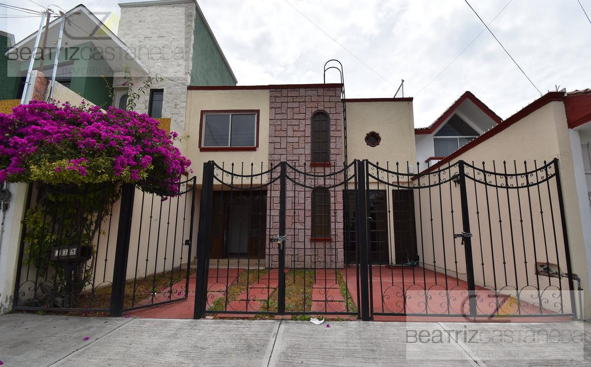Foto Casa en Venta en  Fraccionamiento Valle de San Javier,  Pachuca  CASA DOS NIVELES, VALLE DE SAN JAVIER, PACHUCA HIDALGO