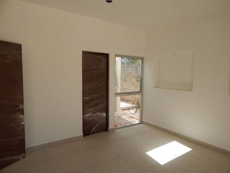 Foto Casa en Venta en  Pueblo Temozon Norte,  Mérida  Casa en Venta una planta con acabados de lujo 1,000 m2  en Temozón
