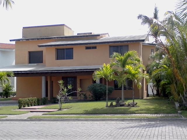 Foto Casa en Renta en  Fraccionamiento Lagunas de Miralta,  Altamira  CV-270  CASA VENTA O RENTA FRACC. LAGUNAS DE MIRALTA
