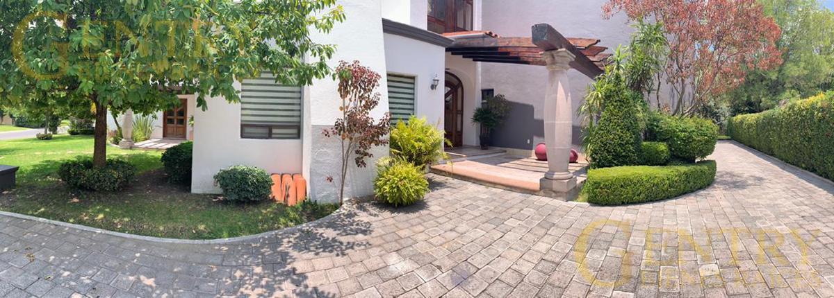 Foto Casa en Venta en  Fraccionamiento El Campanario,  Querétaro  Residencia en Venta Con Hermosa Vista al Lago