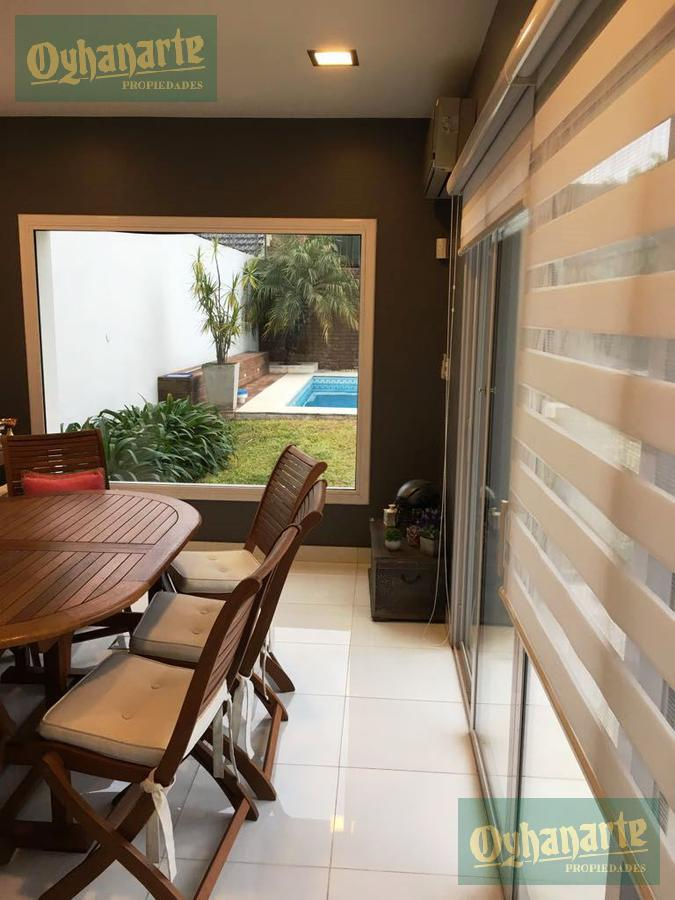 Foto Casa en Venta en  Castelar,  Moron  Sarmiento al 2600