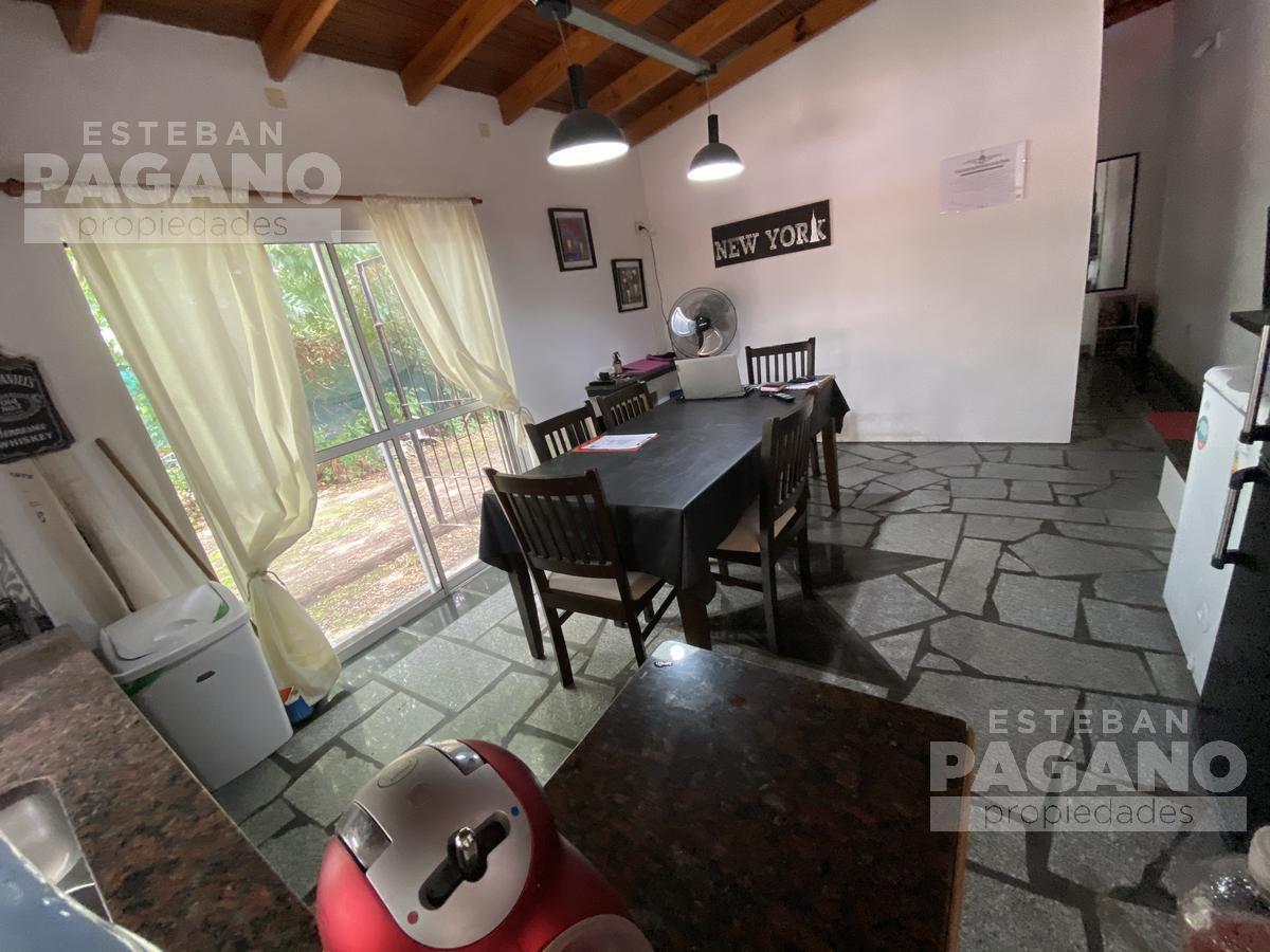 Foto Casa en Venta en  Berisso,  Berisso  13 Bis entre Montevideo y 168
