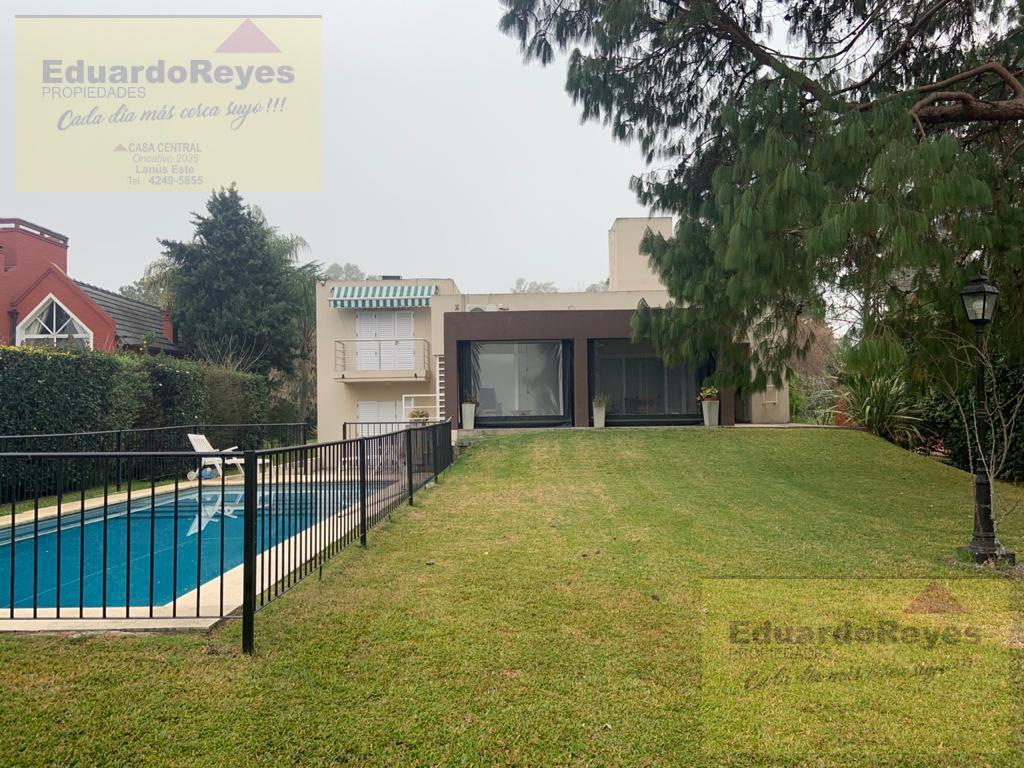 Foto Casa en Alquiler en  Country El Paraíso,  Guernica  AV. 33 Y CALLE 21