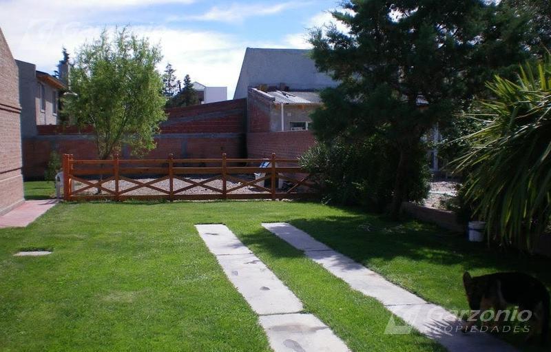 Foto Casa en Venta en  Trelew ,  Chubut  Casa en San Benito
