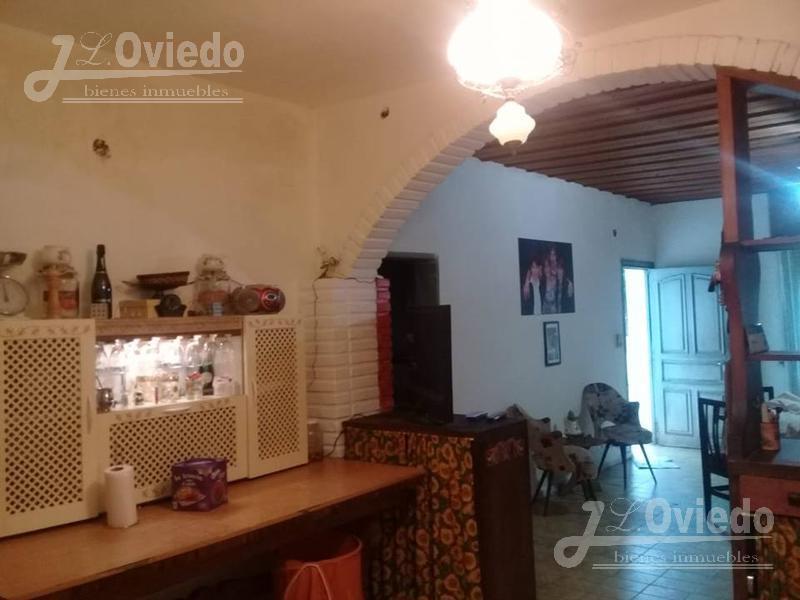 Foto Casa en Venta en  Moreno,  Moreno  Casa quinta a media cuadra de colectora