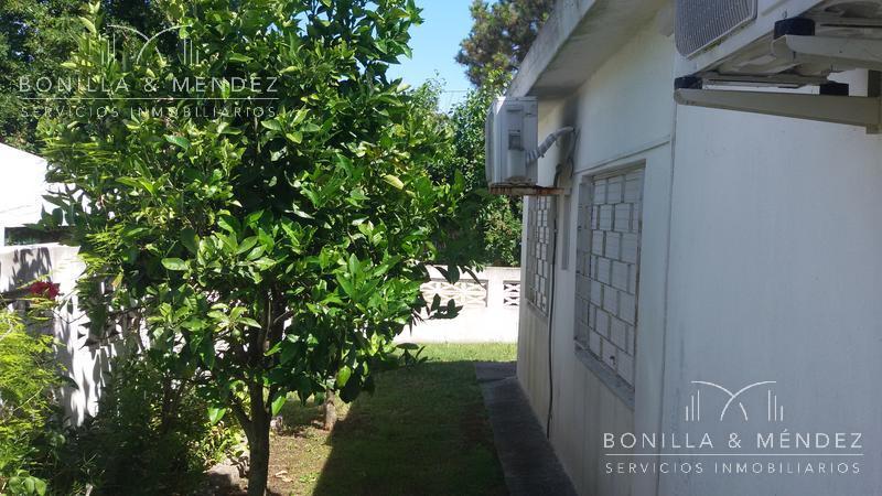 Foto Casa en Venta | Alquiler temporario | Alquiler en  Playa Hermosa,  Piriápolis  Playa Miaramar, Playa Hermosa. OPORTUNIDAD