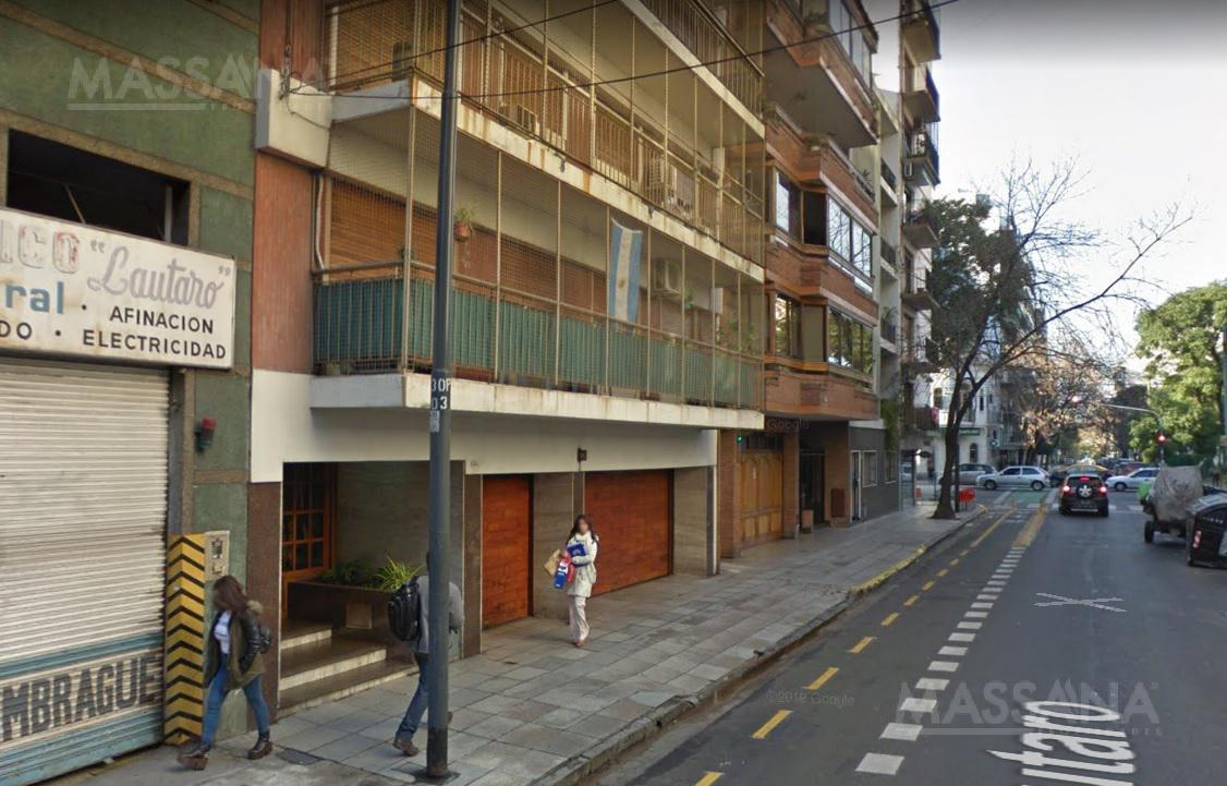 Foto Departamento en Venta en  Flores ,  Capital Federal   Lautaro al 300