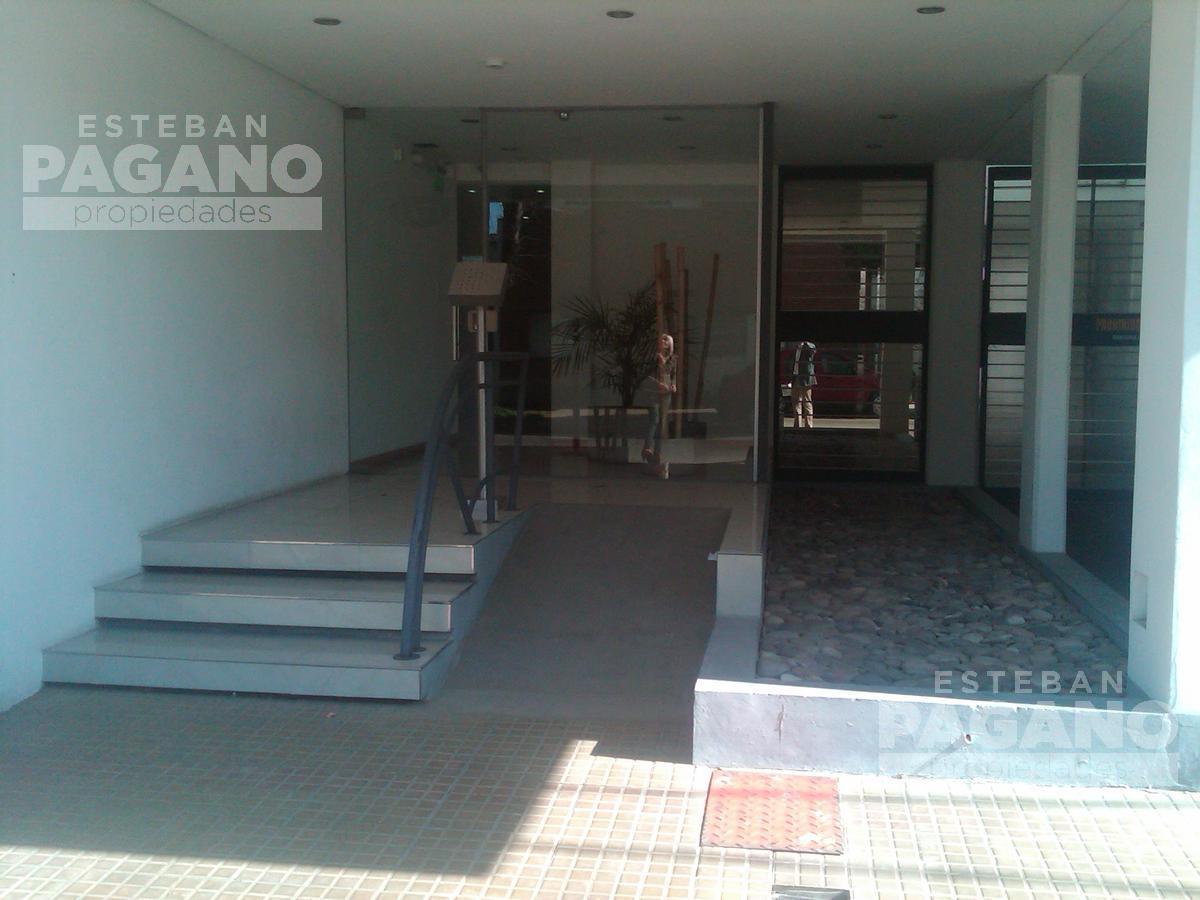 Foto Departamento en Alquiler en  La Plata,  La Plata  24 e 62 y 63