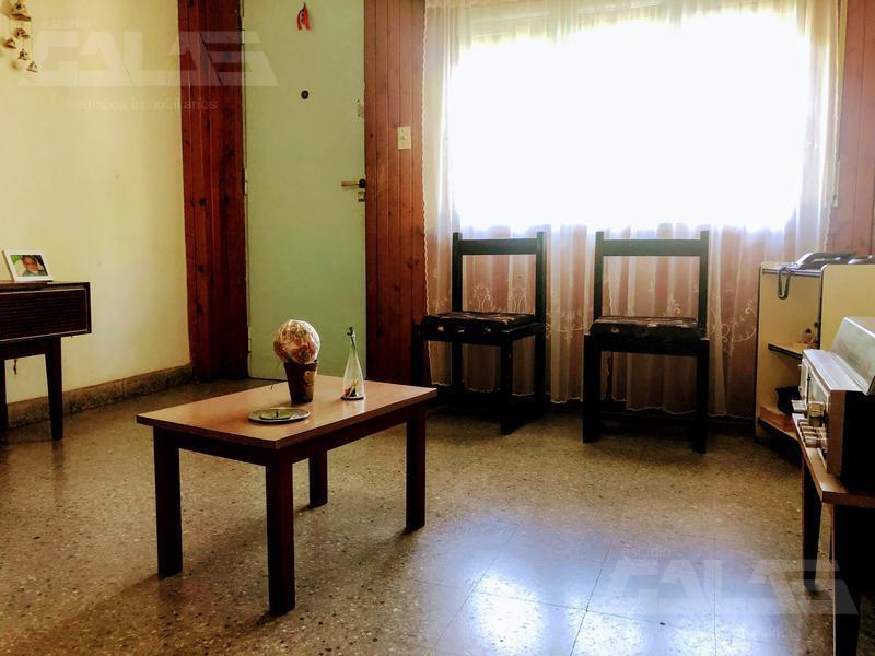 Foto Casa en Venta en  San Antonio De Padua,  Merlo  Sarmiento al 2700