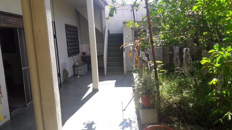 Foto Casa en Venta en  Lomas De Zamora,  Lomas De Zamora  Saenz al 1300 - APTA CRÉDITO !!!