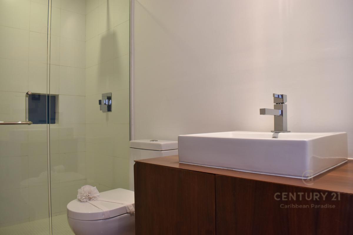Cancún Centro Apartment for Sale scene image 28