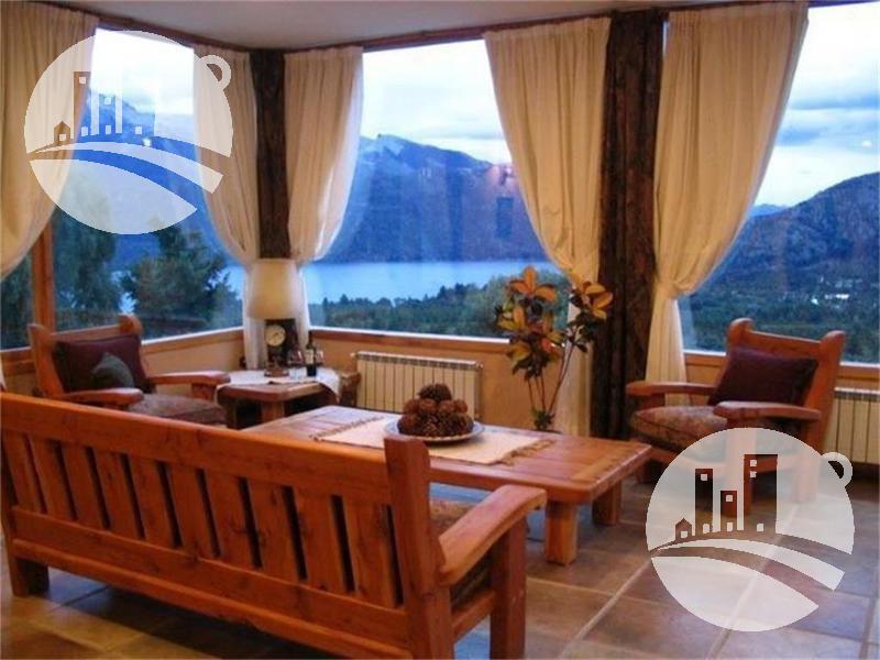 Foto Hotel en Alquiler en  San Carlos De Bariloche,  Bariloche  Complejo 13 cabañas y hostería 17 hab. 3*