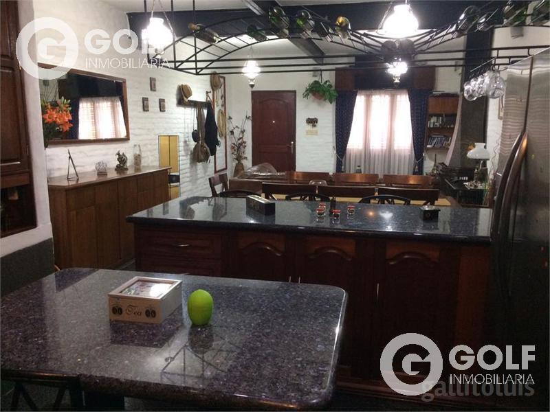 Foto Casa en Venta en  Pocitos ,  Montevideo  OPORTUNIDAD CASA EN POCITOS !!