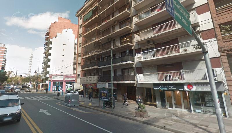 Foto Local en Venta en  Caballito ,  Capital Federal  AV JOSE MARIA MORENO AL 200
