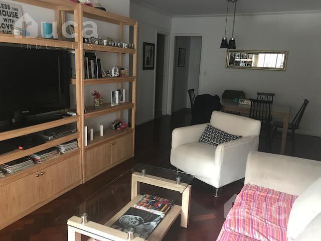 Foto Departamento en Alquiler en  Recoleta ,  Capital Federal  Excelente semipiso de 4 ambientes y cochera en exclusiva zona de Recoleta! | Cerrito al 1500