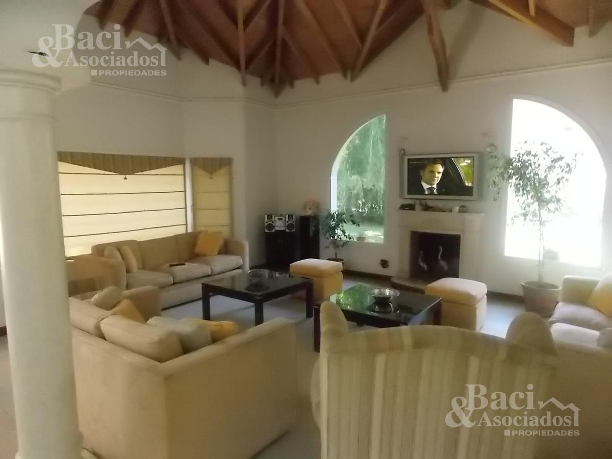 Foto Casa en Venta en  Saint Thomas,  Countries/B.Cerrado (E. Echeverría)  ruta 52 km3.5