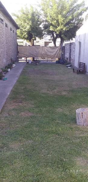 Foto Terreno en Venta en  Castelar Sur,  Castelar  Tiziano al 100, Castelar Sur, Morón
