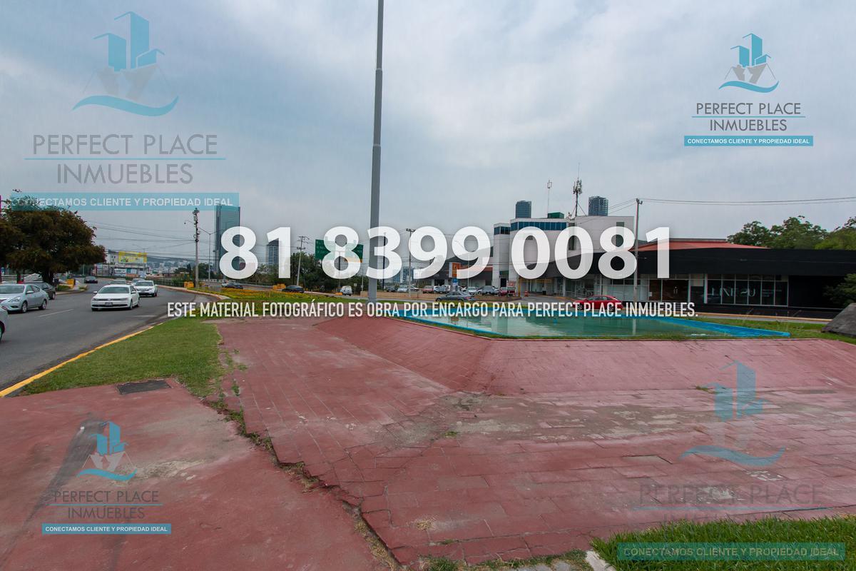 Foto Local en Renta en  Fuentes del Valle,  San Pedro Garza Garcia  LOCAL COMERCIAL EN RENTA EN CALZADA, SAN PEDRO, N.L.