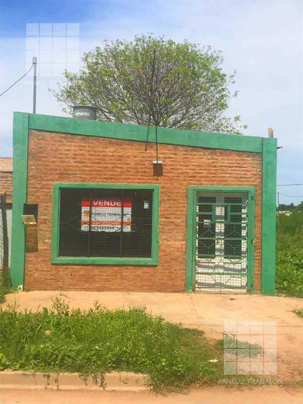 Foto Local en Venta en   Sarmiento,  Presidencia Roque Saenz Peña  107 e/ 142 y 144