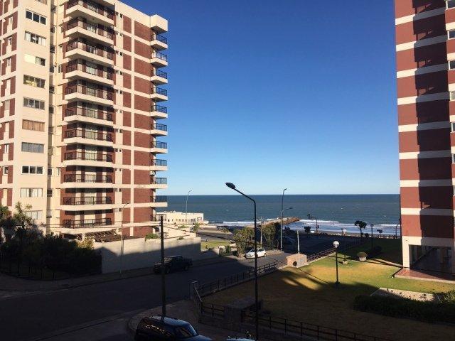 Foto Departamento en Alquiler temporario en  Playa Grande,  Mar Del Plata  Aristobulo  3511