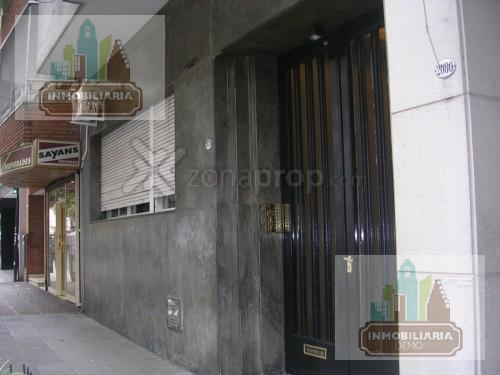 Foto Oficina en Alquiler en  Tribunales,  Centro (Capital Federal)  Viamonte al 1600