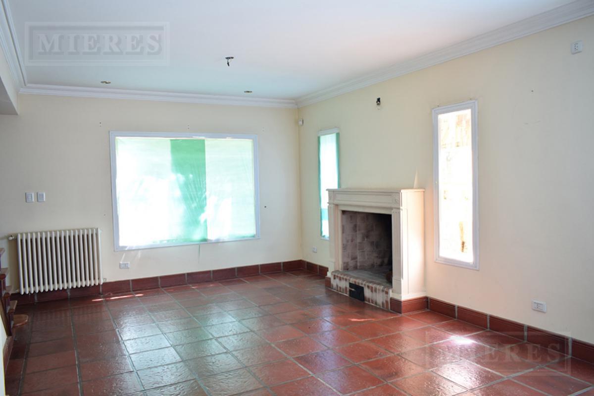 Mieres Propiedades - Casa de 242 mts en Los Pilares