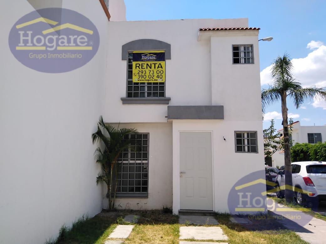 Casa en Renta de 3 Recámaras, en esquina, Fracc. Brisas del Lago en León, Gto.