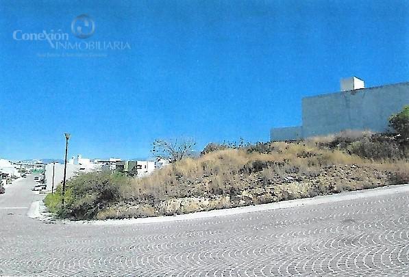 Foto Terreno en Venta en  Fraccionamiento Cumbres del Lago,  Querétaro  Venta de Terreno en esquina, Cumbres del Lago