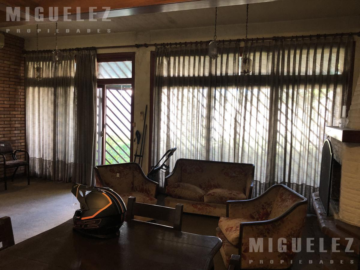 Foto Casa en Venta en  Temperley,  Lomas De Zamora  Avellaneda 1028