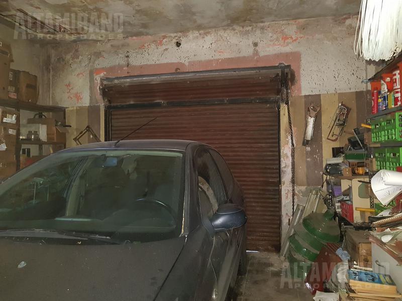 Foto Casa en Venta en  Villa Ballester,  General San Martin  Vicente Lopez al 800 e/Formosa y Yapeyú