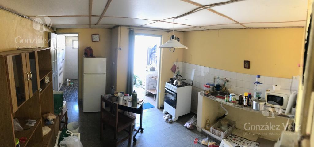Foto Casa en Alquiler en  Carmelo ,  Colonia  Lavalleja entre 19 de abril y Uruguay