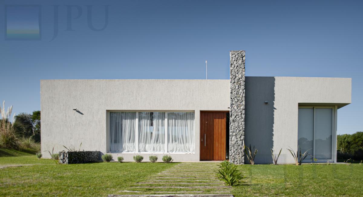 Foto Casa en Venta en  Costa Esmeralda,  Punta Medanos  Senderos III 357