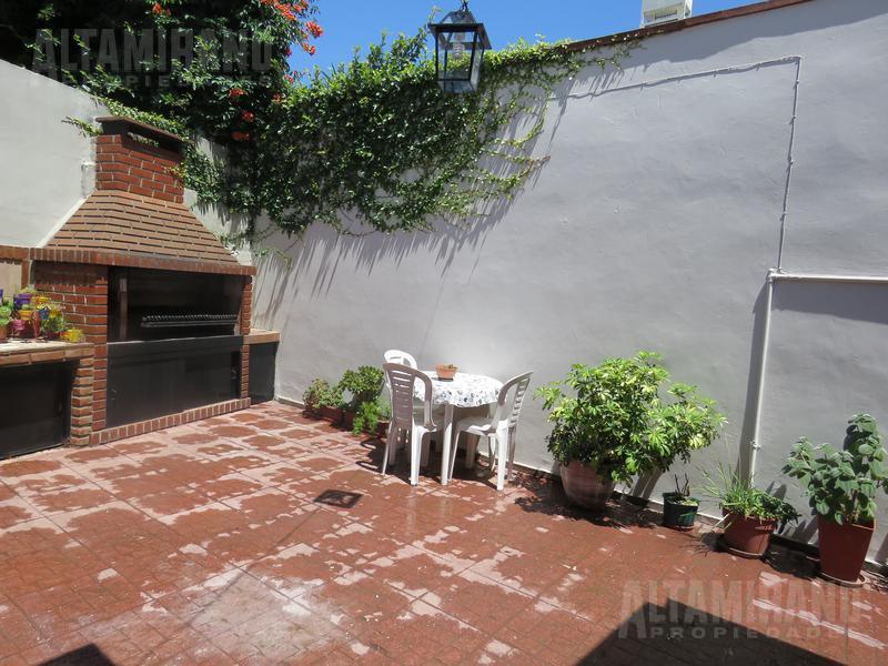 Foto PH en Venta en  Villa Ballester,  General San Martin  San juan al 4300 e/Witcomb y Las Heras