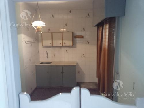 Foto Casa en Alquiler en  Carmelo ,  Colonia  Treinta y treas N° al 400