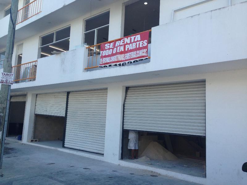Playa del Carmen Centro Commercial Building for Sale scene image 0
