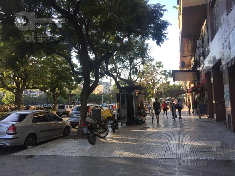 Foto Local en Alquiler en  Centro (Capital Federal) ,  Capital Federal  Carlos Pellegrini al 700