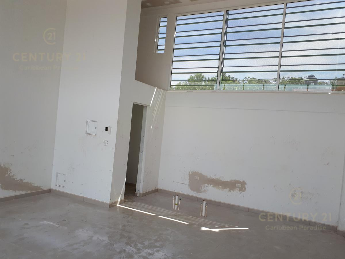 Playa del Carmen Bussiness Premises for Rent scene image 2