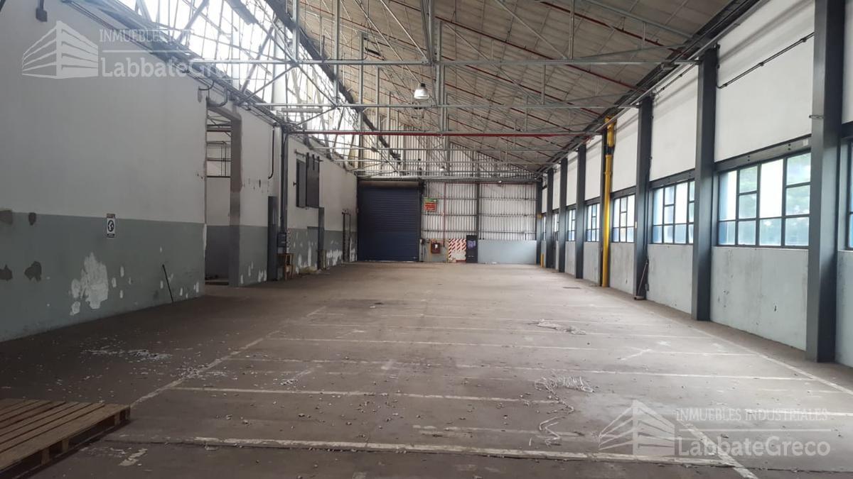 Foto Nave Industrial en Alquiler en  Villa Lynch,  General San Martin  Av. San Martín y Av. Gral. Paz