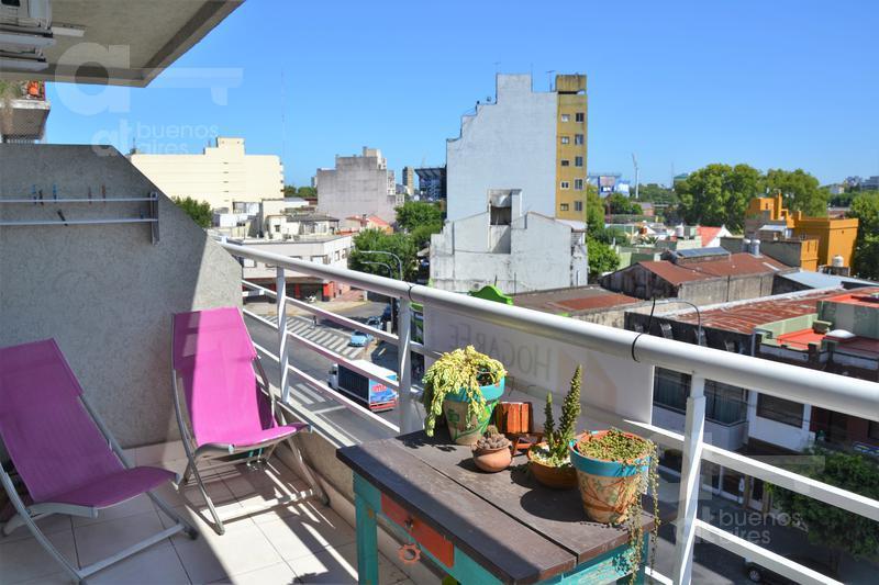 Foto Departamento en Venta en  Liniers ,  Capital Federal          Av. Rivadavia al 10700