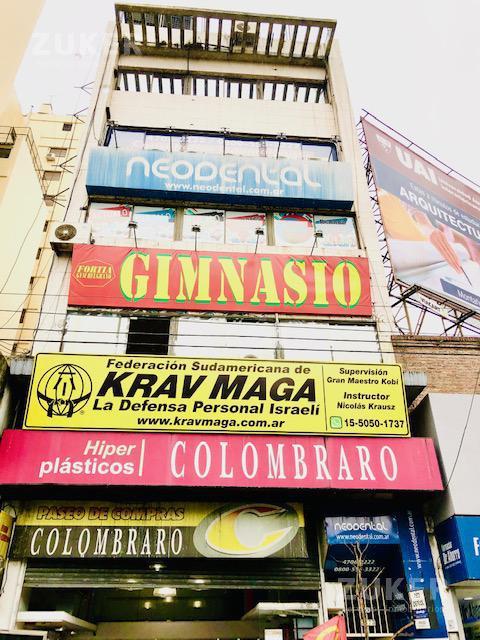 Foto Oficina en Alquiler en  Belgrano ,  Capital Federal                  Av. Cabildo  al 2300 2 ° B