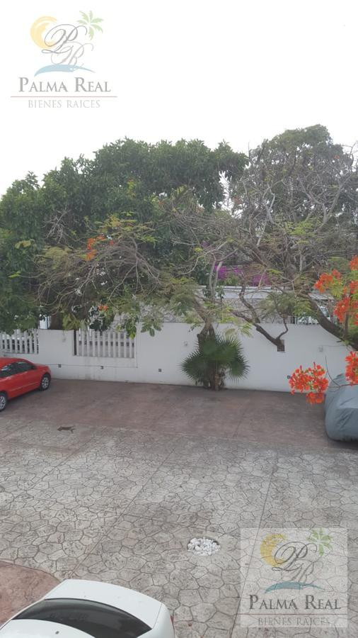 Foto Departamento en Venta en  Supermanzana 44,  Cancún  SUPER DEPARTAMENTO SM 44 CANCUN CENTRO