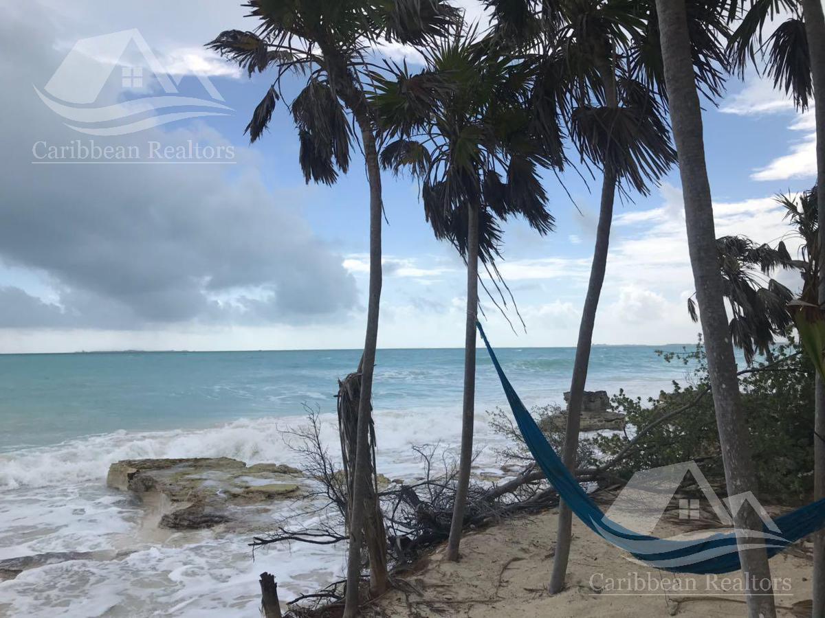 Foto Terreno en Venta en  Cancún ,  Quintana Roo  TERRENO EN VENTA EN CANCÚN/ ISLA BLANCA