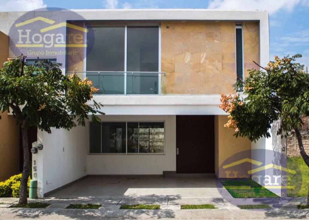 Casa Nueva en Venta  en Residencial Sierra Nogal, con preciosos acabados modernos en León, Gto.