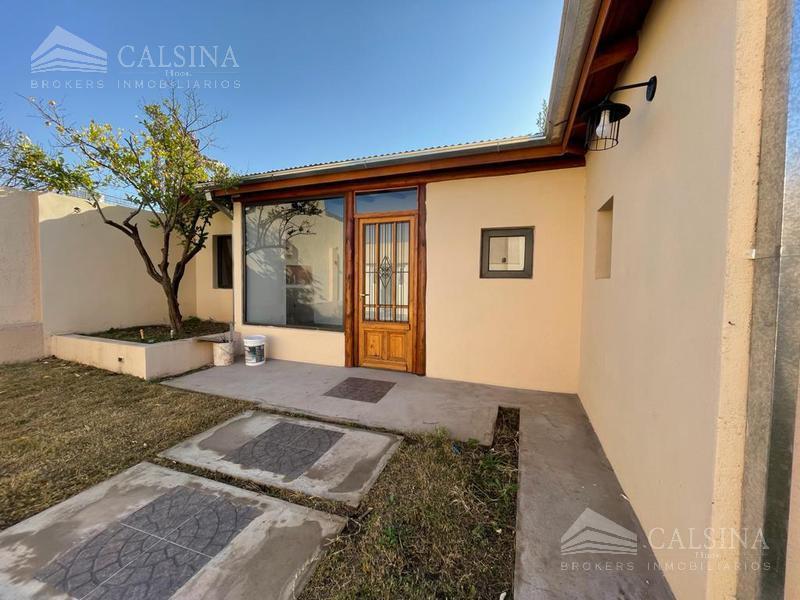 Foto Casa en Venta en  Cordoba Capital ,  Cordoba  Lavalle al 5600
