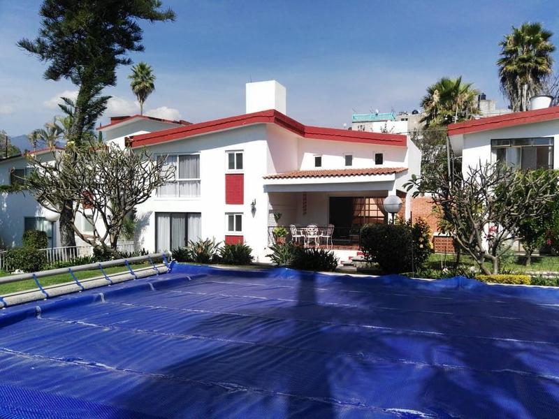 Foto Casa en condominio en Renta en  Miraval,  Cuernavaca  Condominio Tlatepexco, Cuernavaca